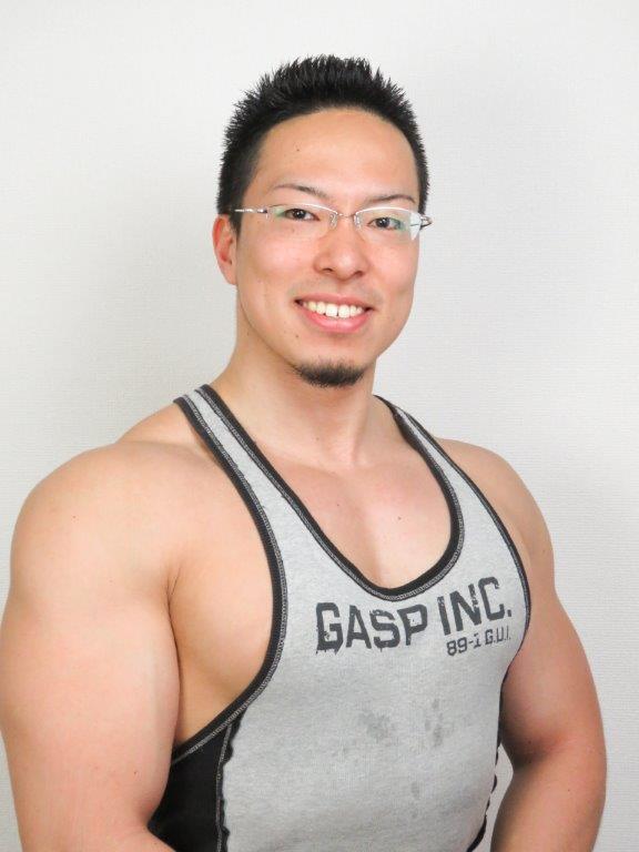 池袋店トレーナー矢崎